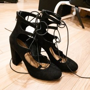 Shoes - Lace-up heels
